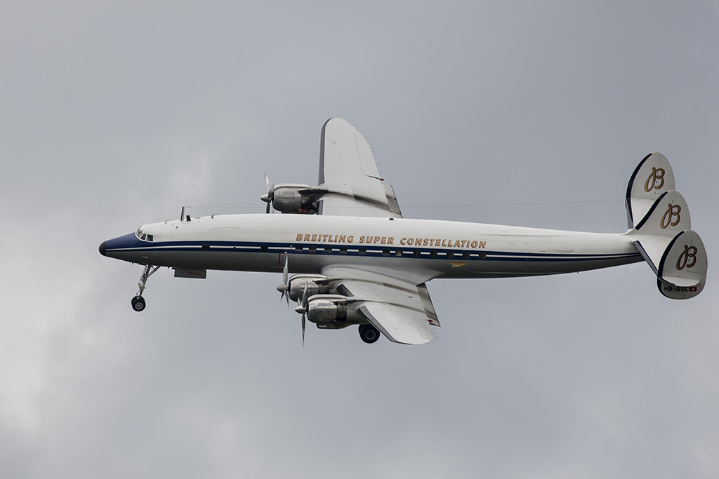 Breitling Super Constellation 03.jpg